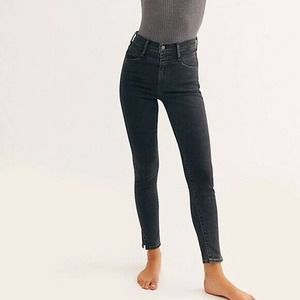 New Levi's Mile High Skinny Jean in Aces High